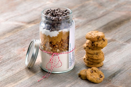 Chocolate Gingerbread Crunch Cookies - Mason Jar Cookie Mix-020
