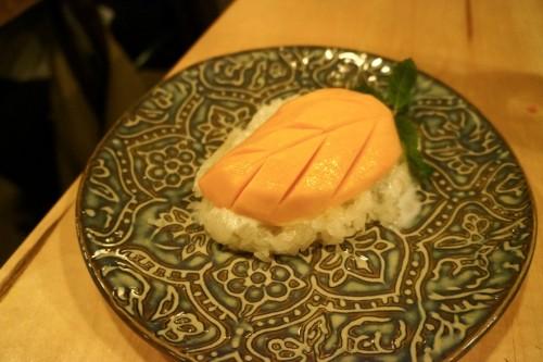 Sweet Mango with Coconut Sticky Rice